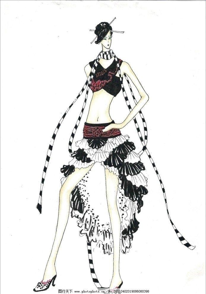 创意服装 时装秀 服装秀 手绘时装效果图 手绘人物 女人 美女 绘画