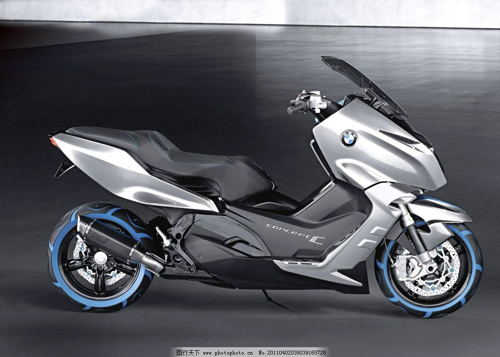 宝马 摩托车 双气缸 电子点火 一键启动 无节变速 电子防盗装置
