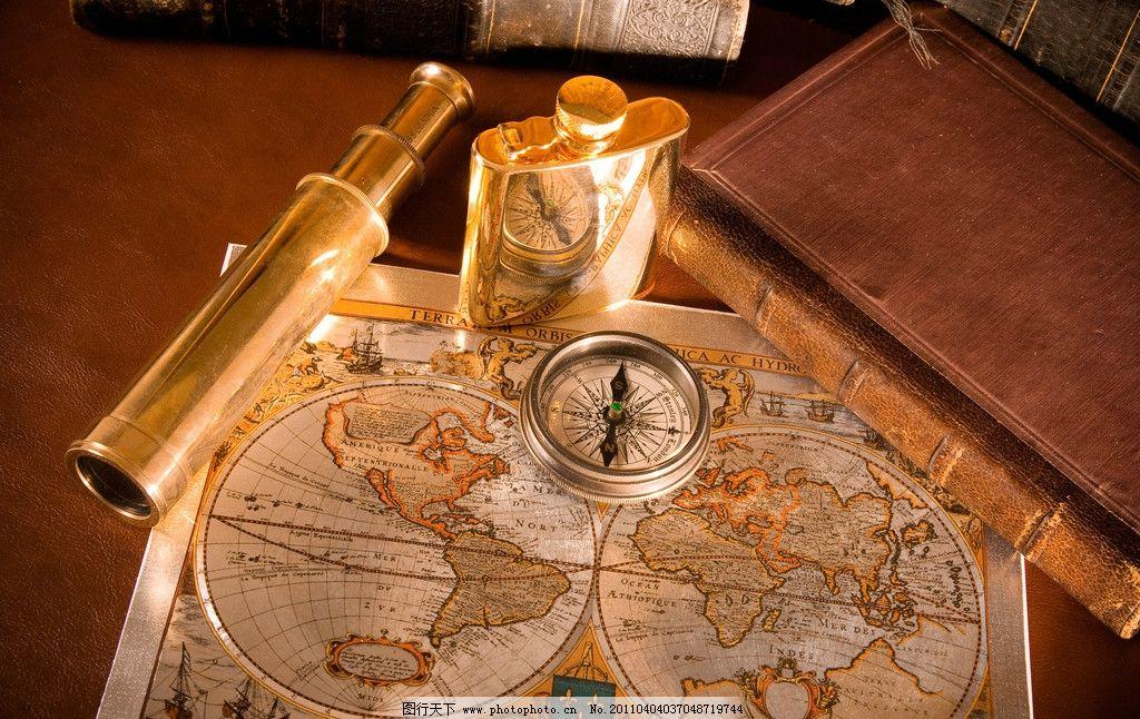 怀旧探险航海用品 怀旧 古典 探险 航海图 指南针 望远镜 酒瓶 书籍