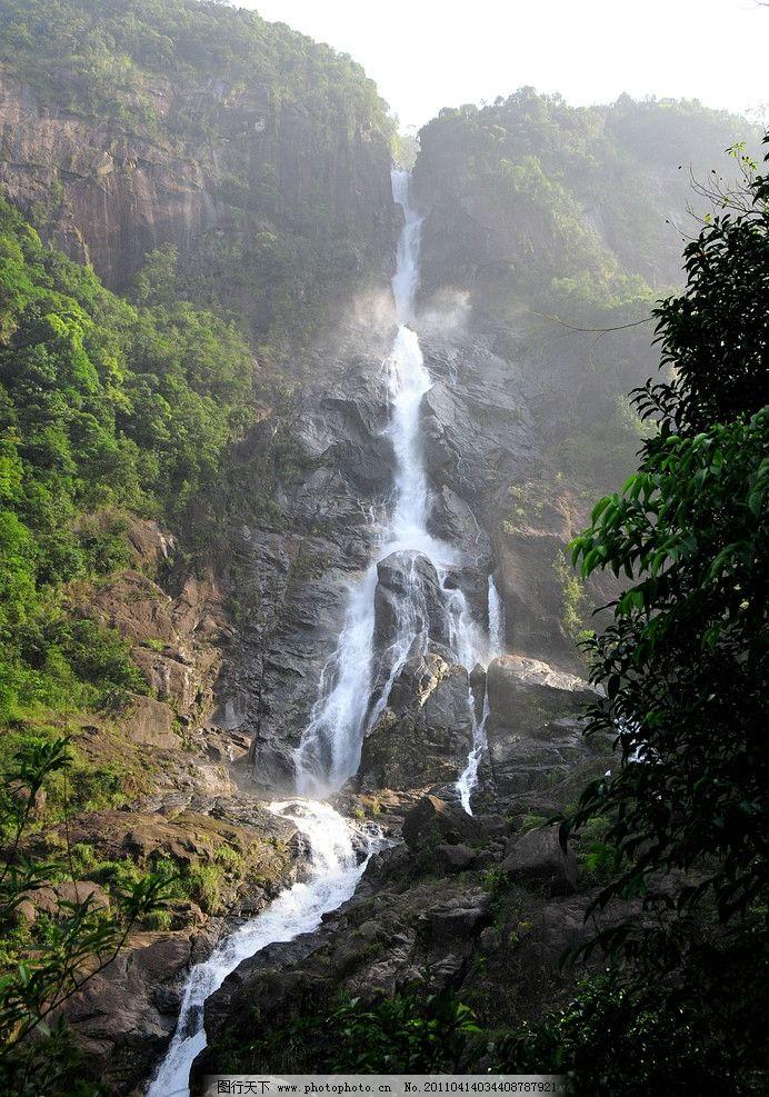 山中水 瀑布 流水 大山 绿树 山水风景 自然景观 摄影 300dpi jpg