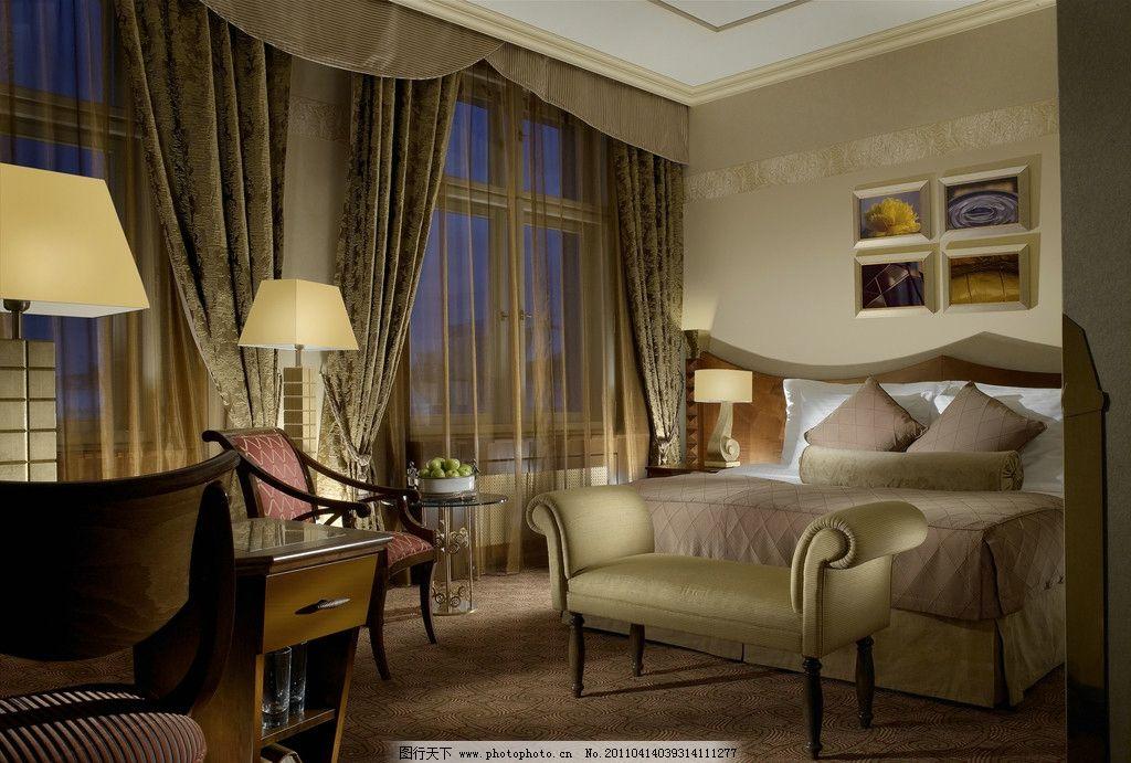 室内卧室设计 双人床 窗户