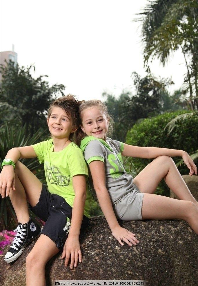 外国小孩子 可爱的小孩 两个小孩 国外小孩 儿童幼儿 人物图库