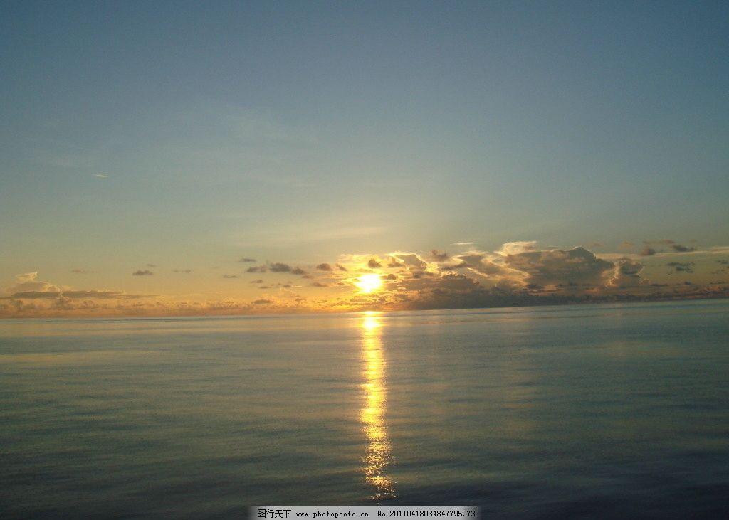海上日出 深蓝 海面 阳光 自然风景 自然景观 摄影