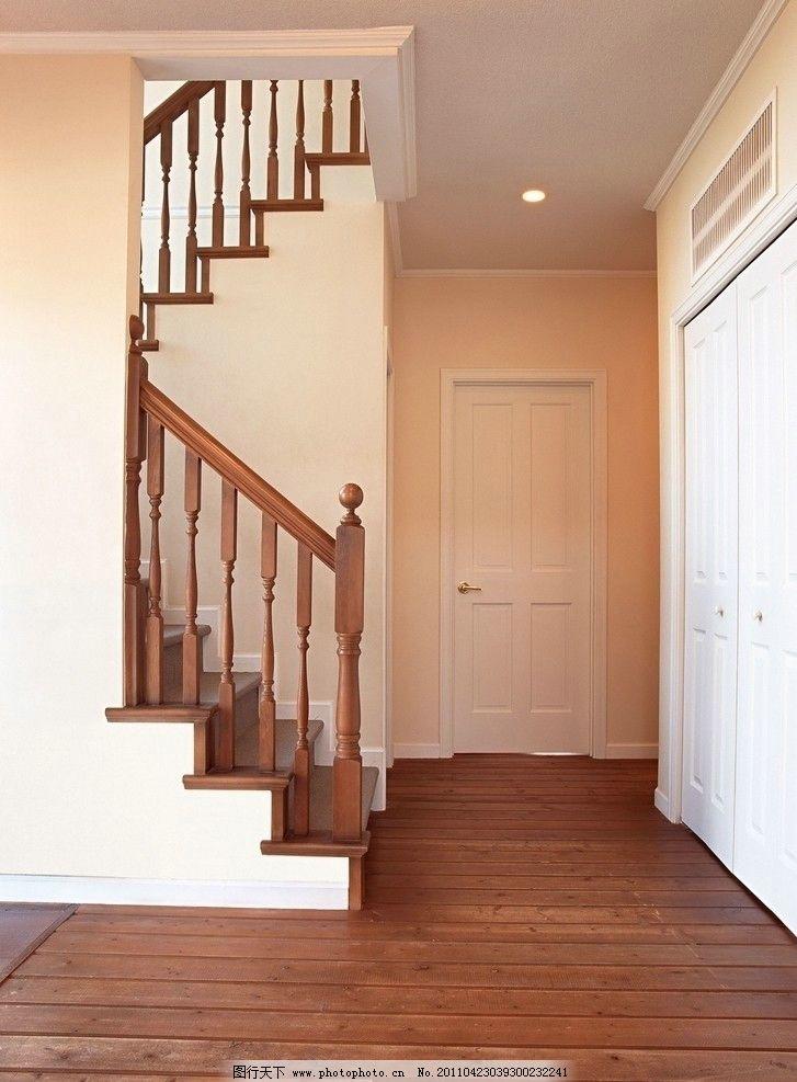 实木楼梯图片_室内摄影