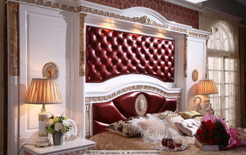 家居生活 经典工艺 欧式沙发 沙发 欧 窗帘 墙砖 花 卧房 地毯 式家具