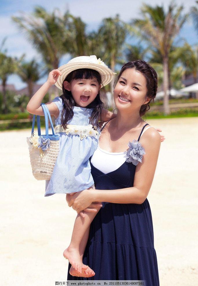 漂亮妈妈和可爱女儿图片