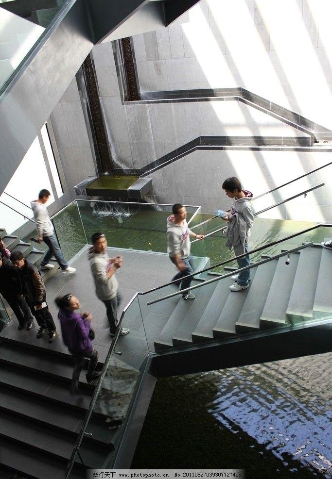 室内地面玻璃景观