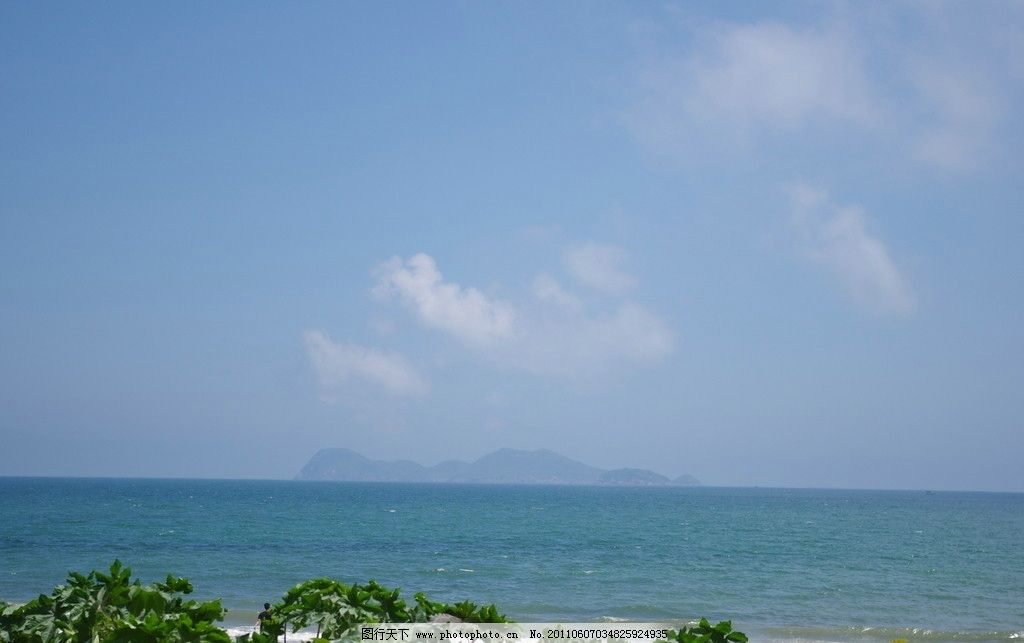 蓝天大海 蓝天 大海 海滩 海景 自然风景 自然景观 摄影 300dpi jpg