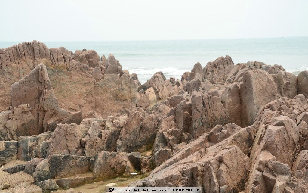 海边 礁石/海边礁石图片