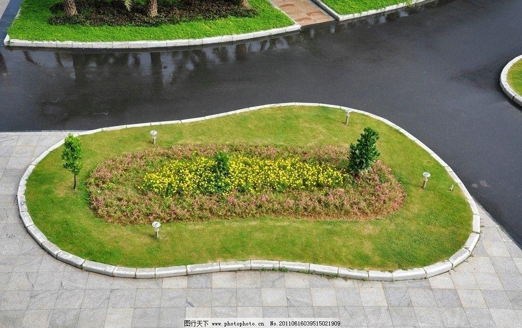 厦门理工学院景观 景观小景 校园景观 鸟瞰草地 绿化 脚印花池 花坛