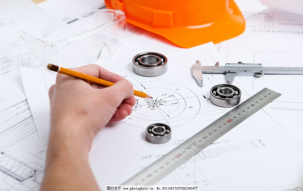 测绘 测量 工程图纸 建筑平面图 规划图 工程师 人手 铅笔 游标卡尺