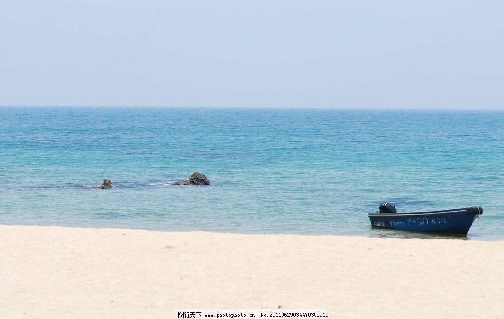 大海里的船图片_山水风景
